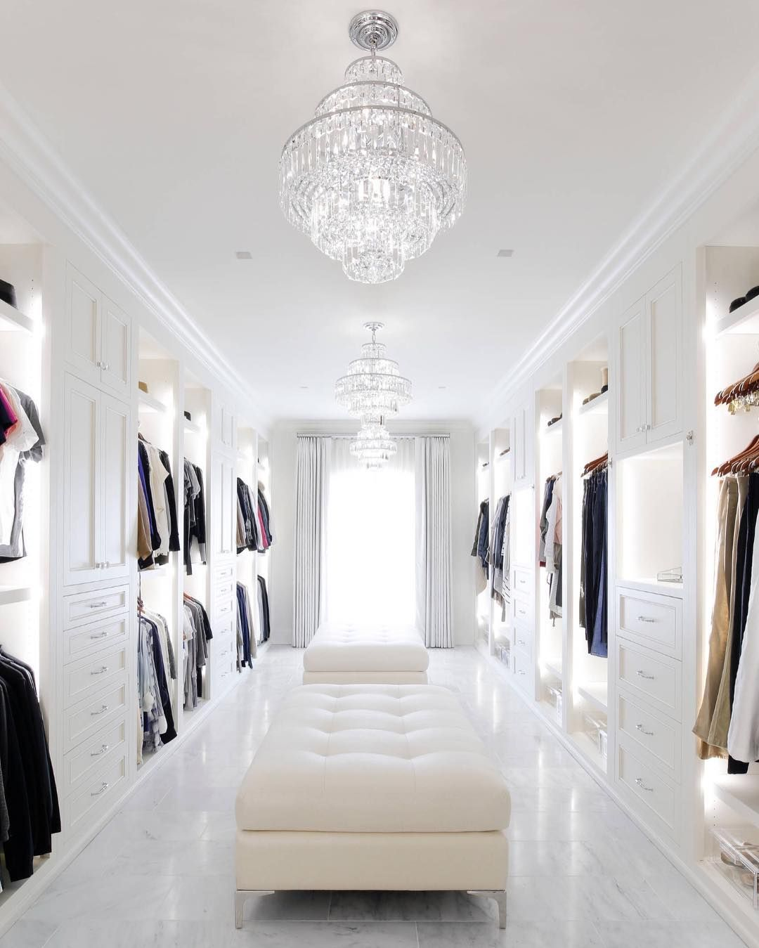 Trending Walk In Closet Designs And Ideas For Your Home