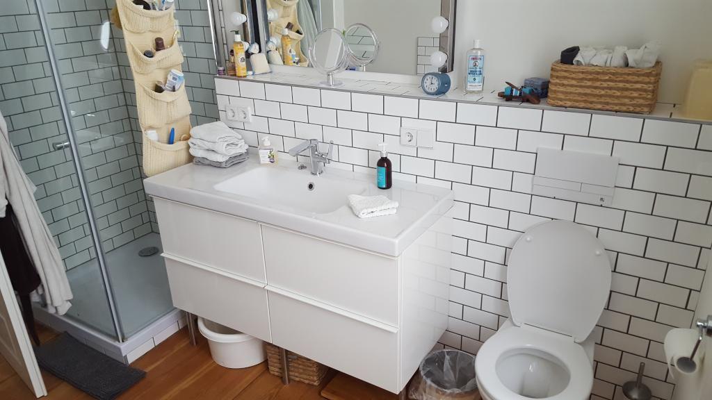 Badezimmer mit coolen Waschbecken und Dusche. #Bad #Badezimmer ...