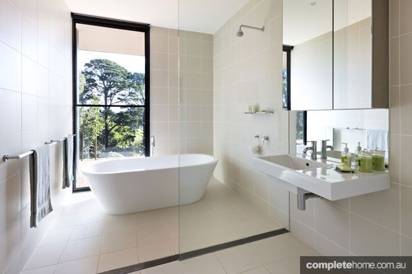 Shower Panel With Full Width Grates To Reduce The Need For A Screen Door  Kyneton Bathroom · Grand Designs AustraliaBeautiful ...