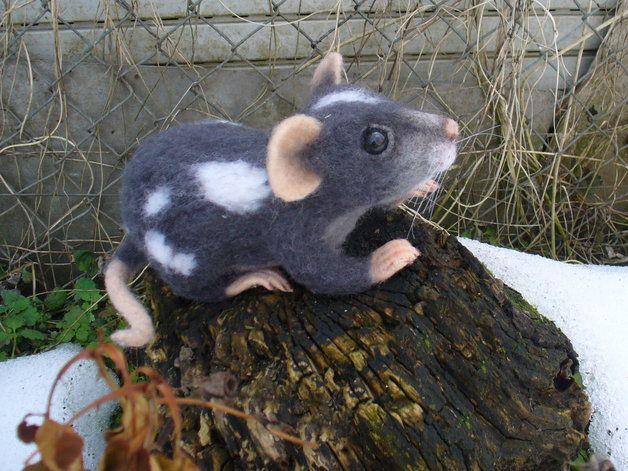 Cool nette kleine Ratte trocken gefilzt