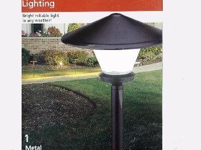 Intermatic Inc Low Voltage Garden Light Cs7e1 By Intermatic 8 75 Metal Construction 4 Watt Bulb Fr Outdoor Garden Lighting Outdoor Gardens Garden Lighting