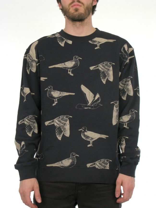 The SEAGULL CREW features a custom all over seagull print and offered in a heavyweight Regular fit crew neck fleece.