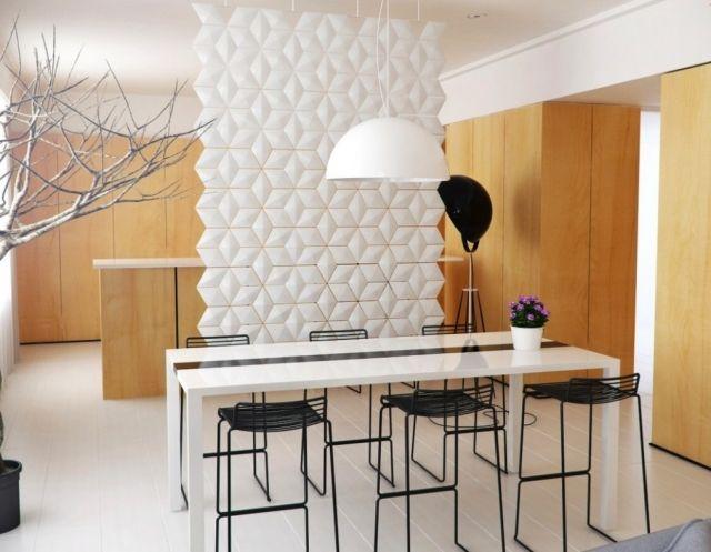 modulare-trennwand-weiß-an-der-decke-befestigt-3d-oberfläche - Esszimmer Modern Weiss