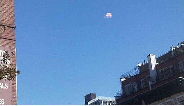 """Mysterious silver object"" in the sky in Manhattan on October 13, 2010"