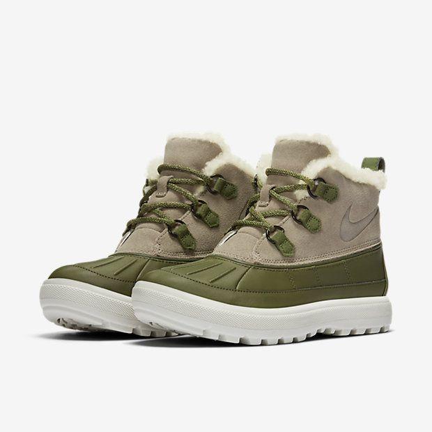 3a064ad59320 Nike Woodside Chukka 2 Women s Boot