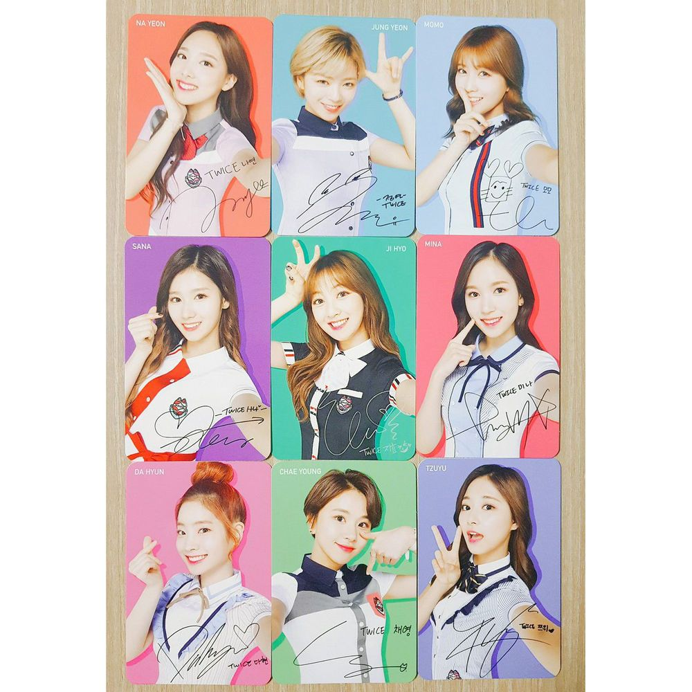 TWICE 트와이스 x Schoolooks Official Rare Photocard Full Set (9members)
