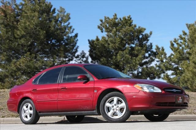 2003 Ford Taurus Ses Deluxe All I Can Say Is It Had Good Air Conditioning Drove This Around When The Dirt Road Was Dry Sport Cars Ford Cool Cars