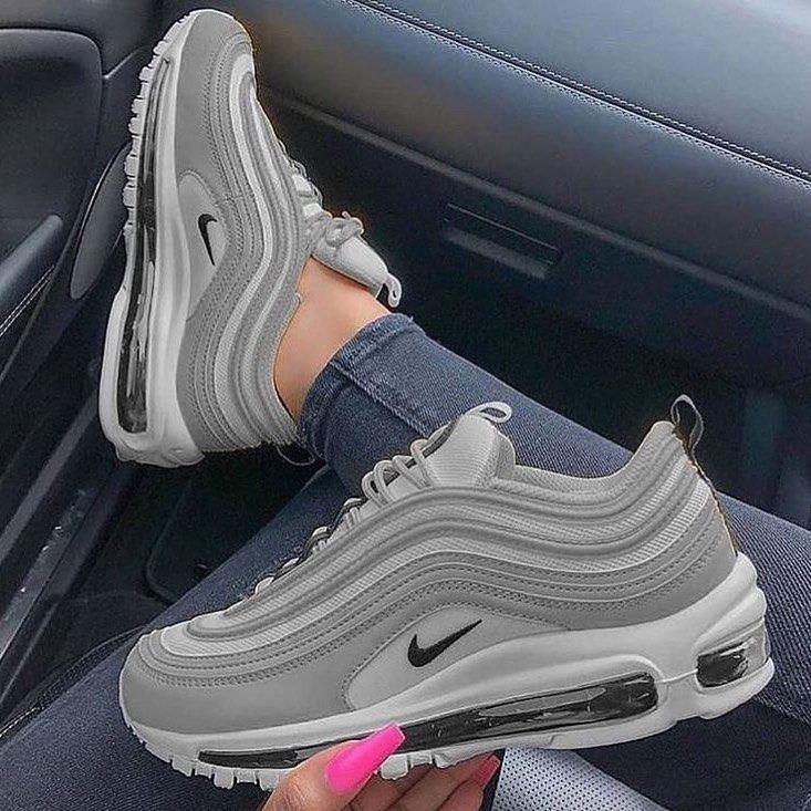 Pin de ISMMSL???? em Shoes em 2020 | Sapatilhas nike, Tenis