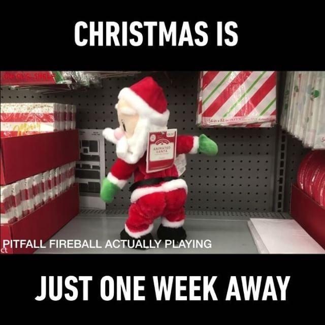 Even Santa's hips don't lie! Follow @9gag App📲👉@9gagmobile 👈 #9gag #santa (credit: @onourshelf) #twerking #christmas