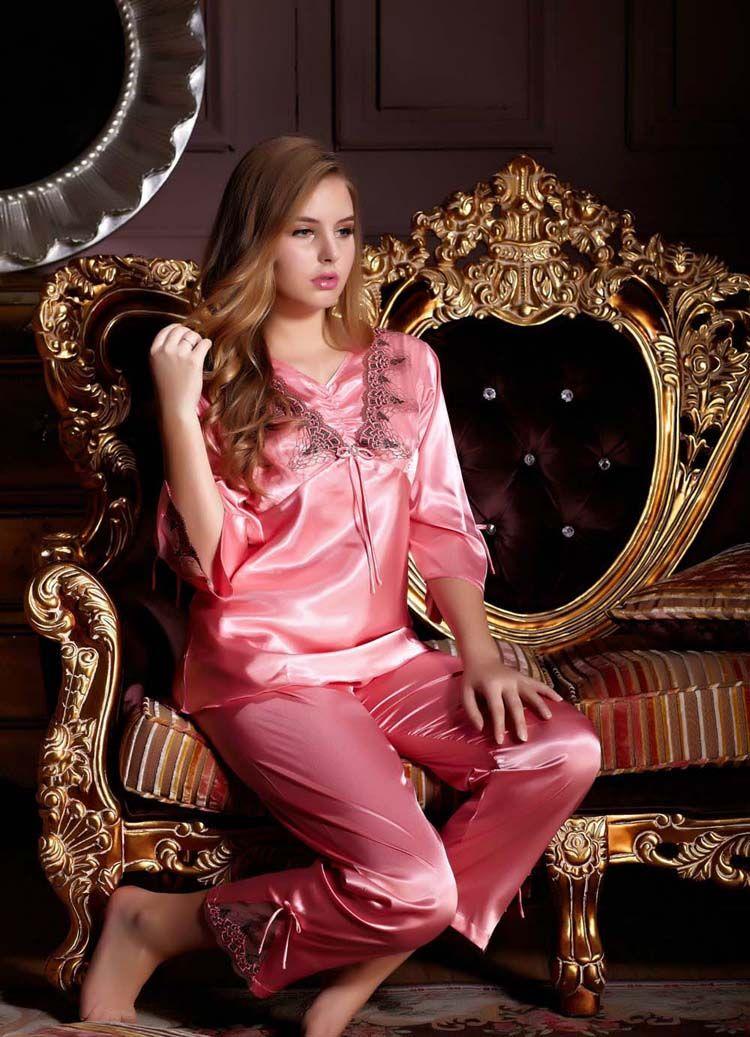 4e0e8fd8434a Güzel Modeller  Xenia Tchoumitcheva