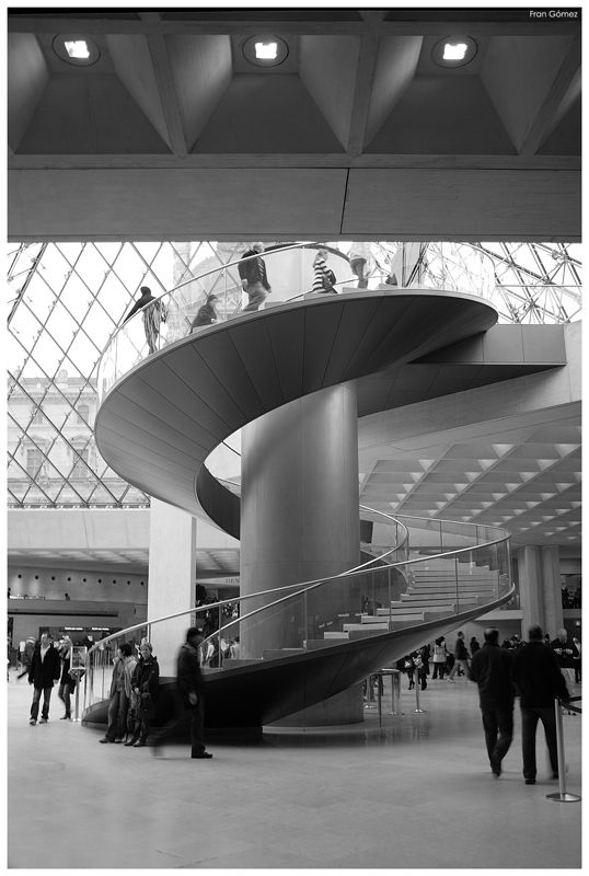 Escalera caracol louvre struktur pinterest for Escaleras arquitectura