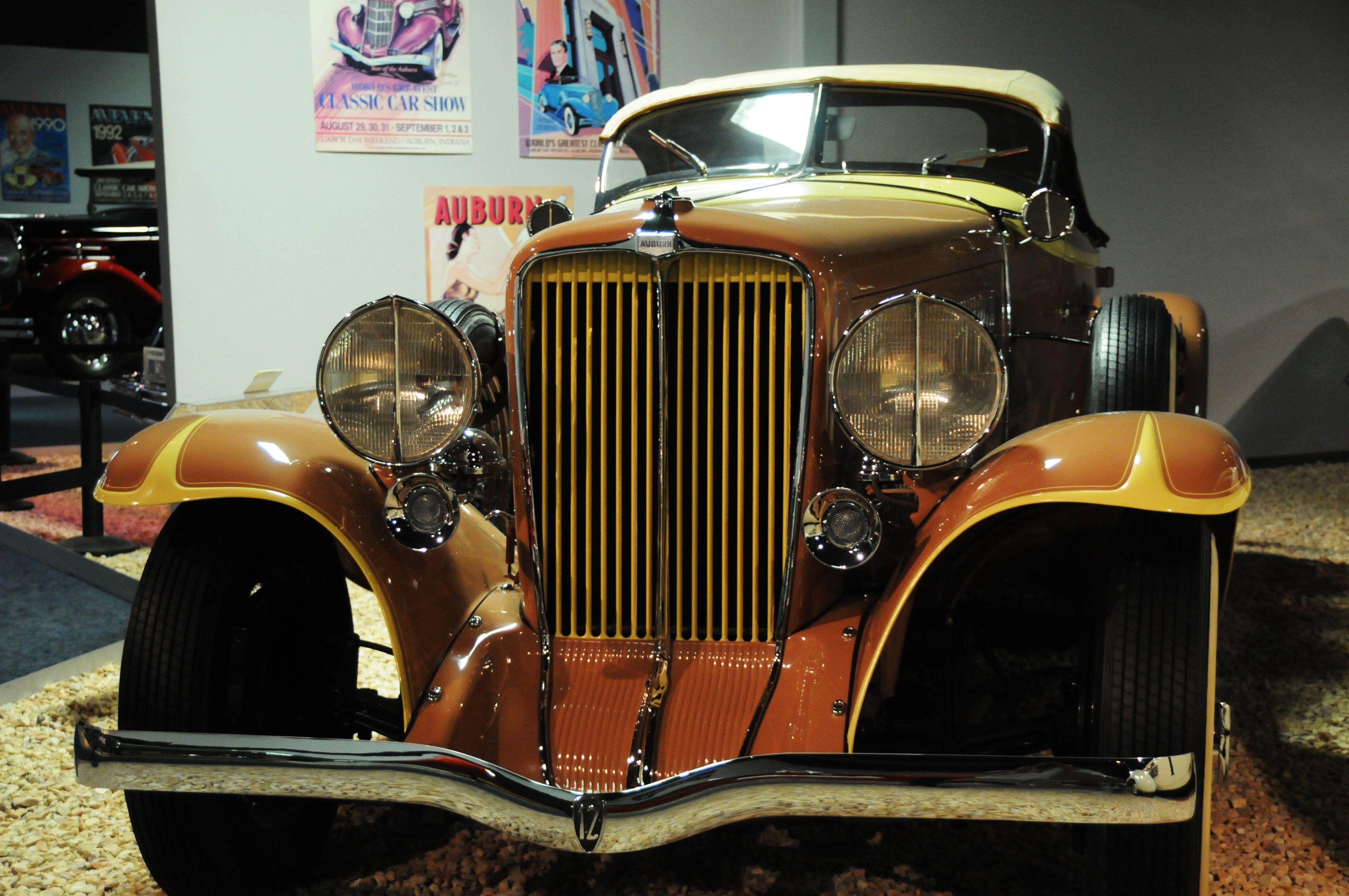 1933 Auburn At The National Automobile Museum Reno Nevada Antique Cars Auburn Car Good Looking Cars