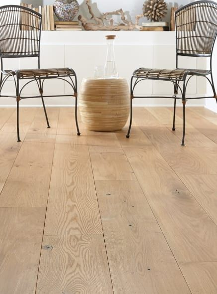 30 How White Oak is Changing Interior Design in 2020   Carlisle Wide Plank Floors