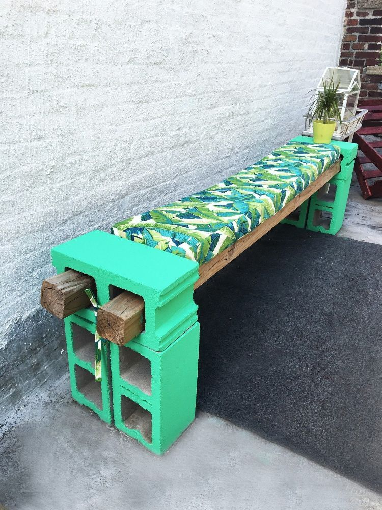 DIY Cement Block Bench Cinder block furniture, Diy
