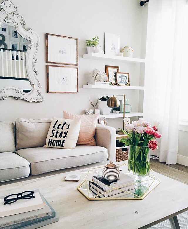 Fresh And Clean Living Room Space Small Apartment Decorating