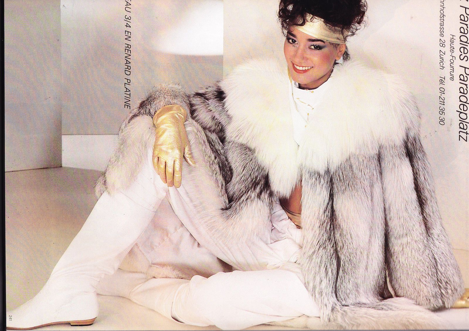 Vogue Paris September 1981. $_57.JPG 1,600×1,131 pixels