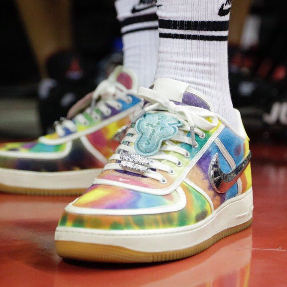 LeBron Presented With Custom