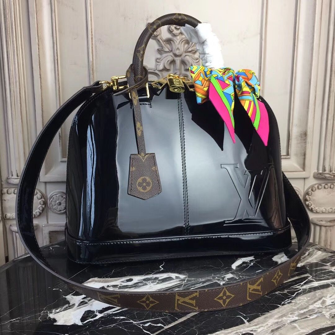 65112b2c3f5 Louis Vuitton Alma PM Patent Leather M54395