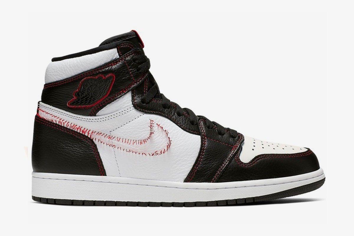 official photos 3eb93 f279e Buy the Nike Air Jordan 1