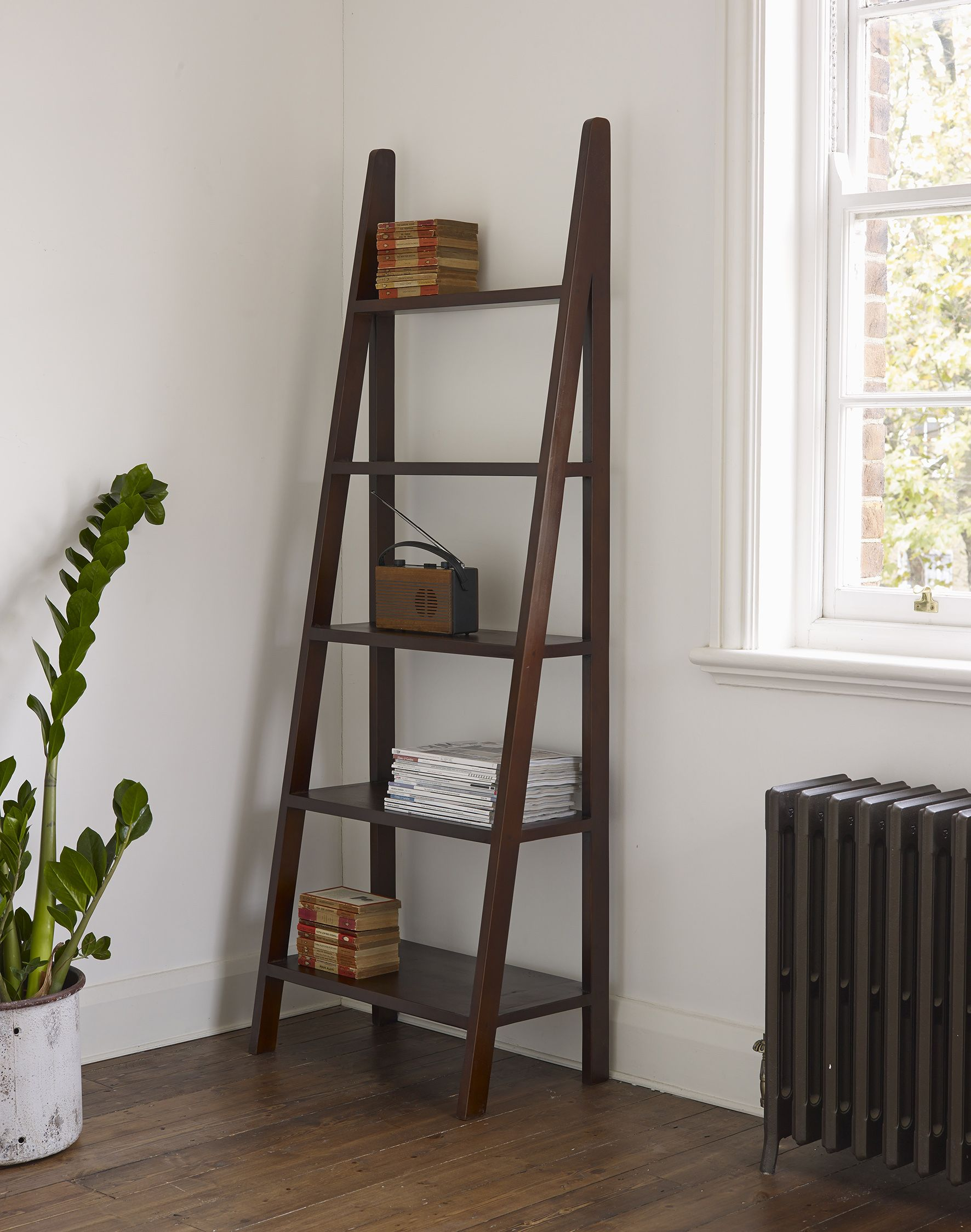 Our Seba Ladders Are Handcrafted In Indonesia From Solid Indonesian Teak With Solid Wood Inners To Ensure Long Wooden Bookcase Ladder Bookshelf Ladder Bookcase
