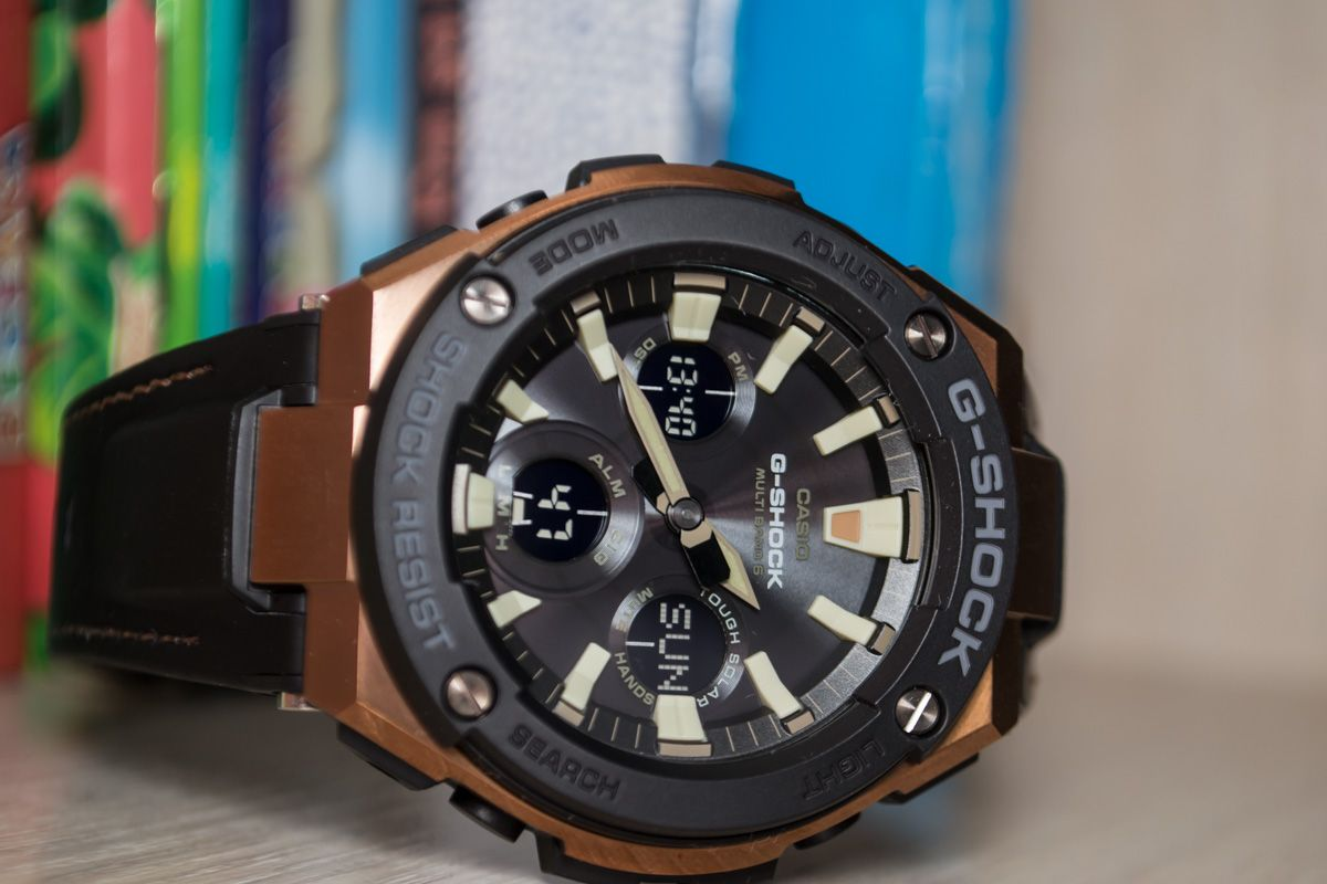 d1bb7843fd8  Live Photos  G-Shock GST-W120L-1A — Strong strap and inner gift — Casio  Watch News   Parts