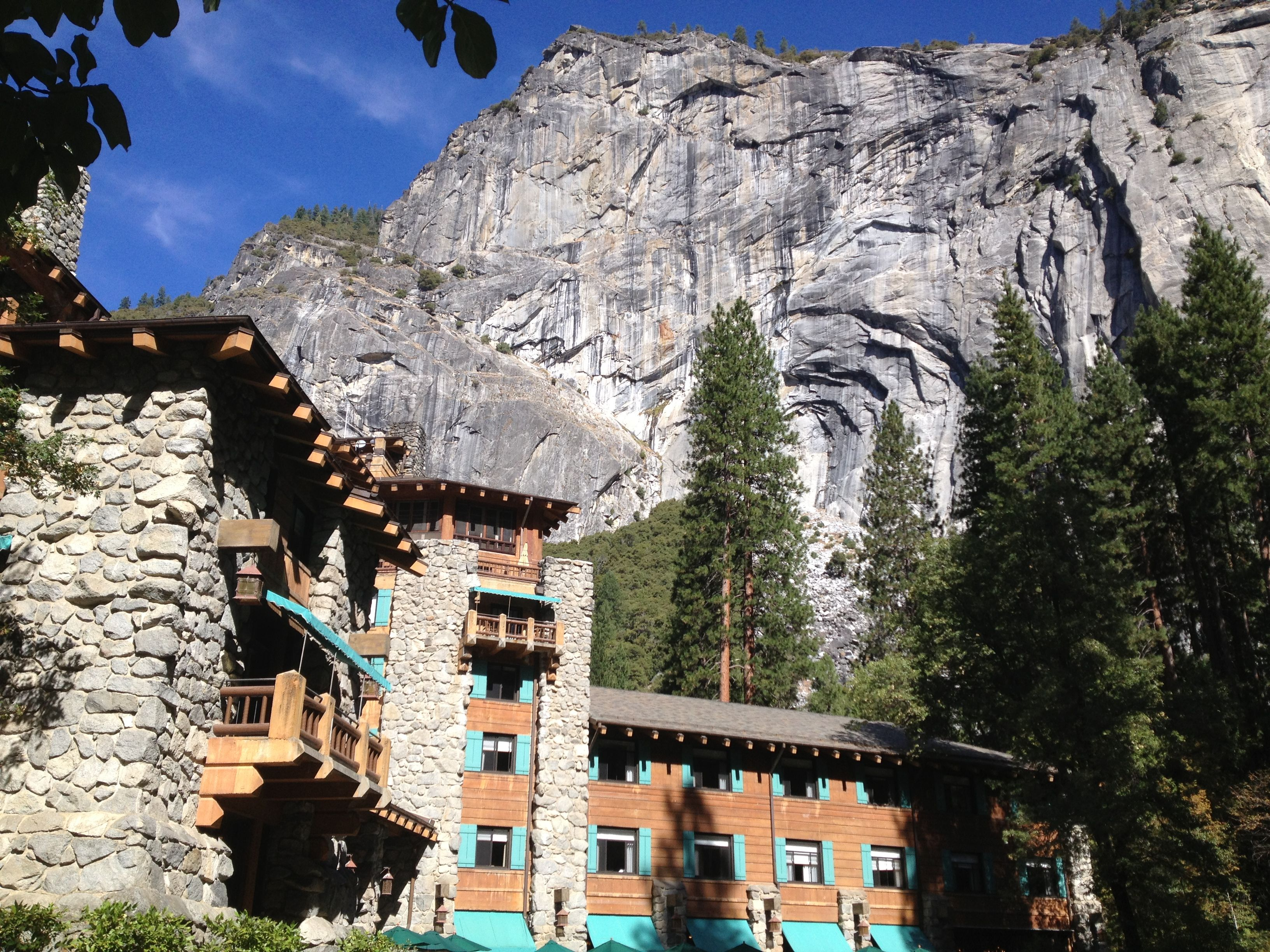 getaways guest classic co travel west in cabins pioneer butte the magazine for crested best front sunset yosemite