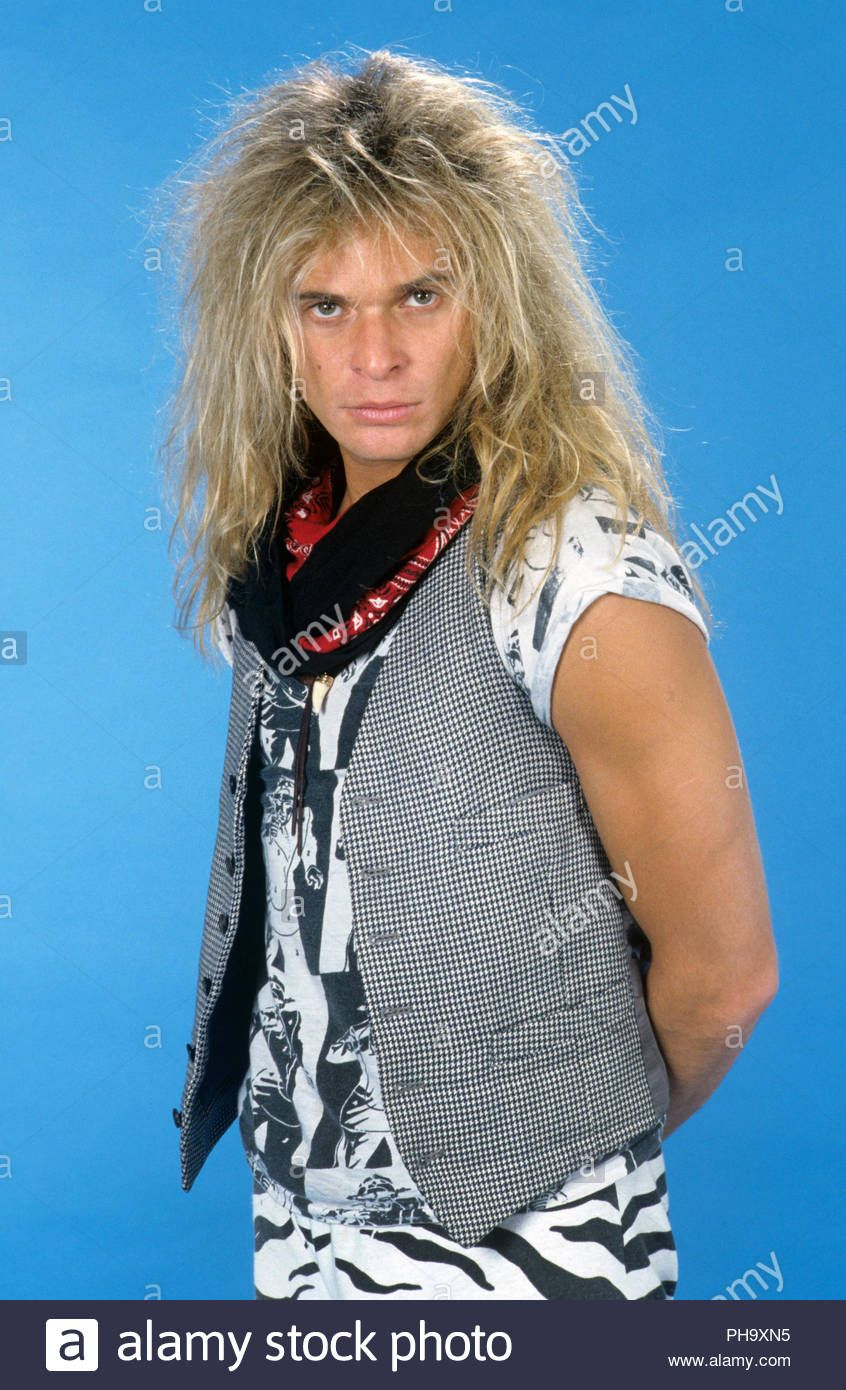 Looking All Handsome Here Rf With Images David Lee Roth Van Halen David Lee