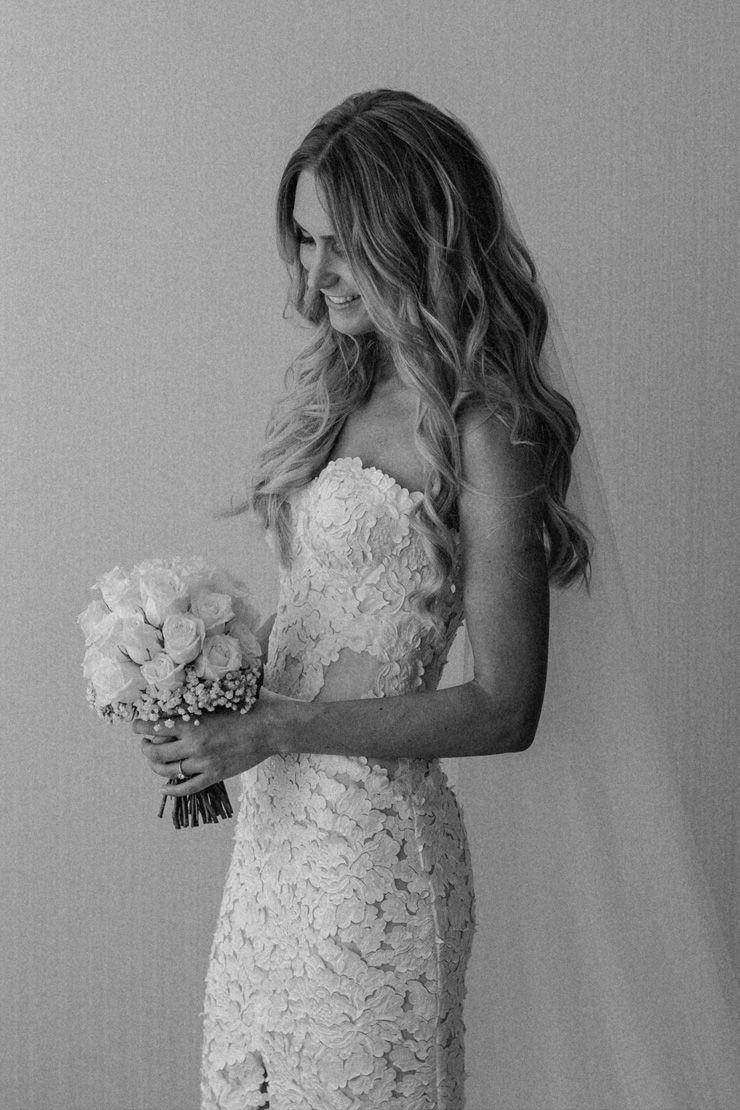 Kendelle & Ben's Modern Urban Wedding Boda, Vestidos