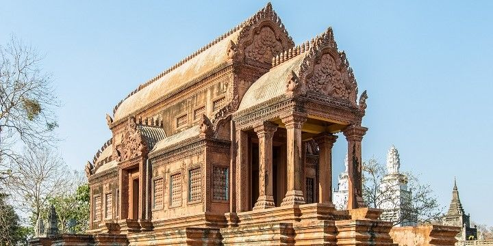 Tombs in Kampong Cham, Mekong Lowlads, Cambodia, Asia