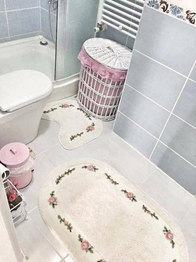 حمامات صغيرة في قمة الترتيب و الشياكة فقط بأفكار بسيطة لا تكلفك الكثير موقع يالالة Yalalla Com عالم المرأة بعيون مغربية Kids Rugs Decor Kids