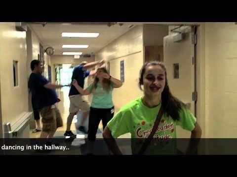 Ellen's Dance Dare: Teachers Dance Bomb Students