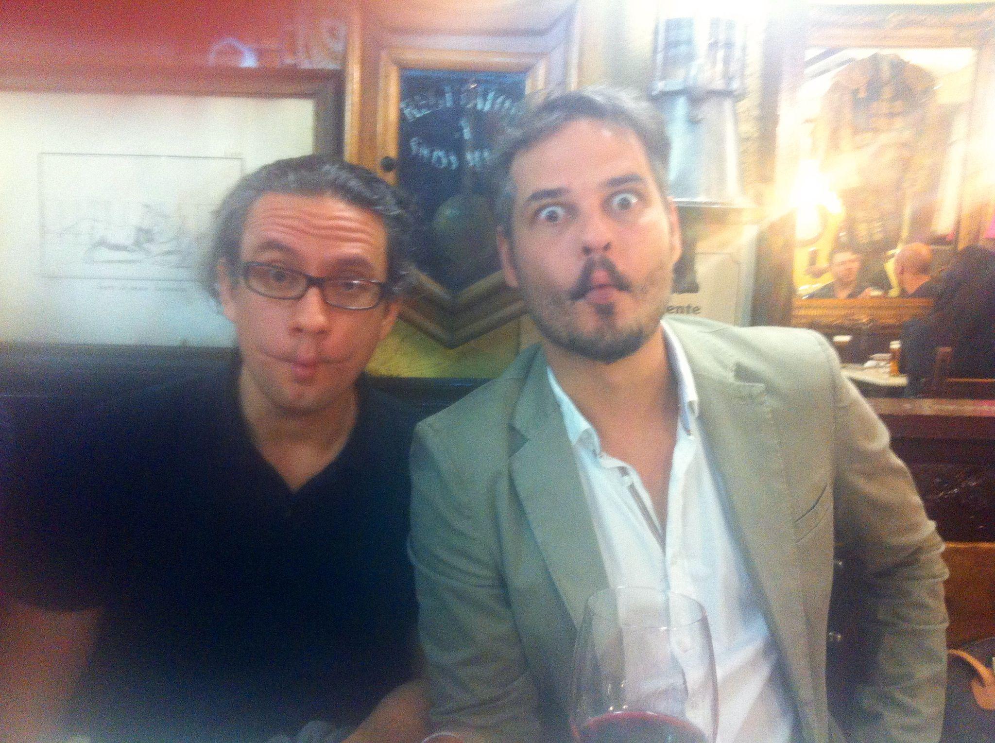 #Carapez con Frank Perozo y Luis Del Valle, propiciando un proyecto futuro,  después de la clausura de la 2da. Muestra de cine: Todo cine Todo Dominicana, en Madrid  #Fishface de película!