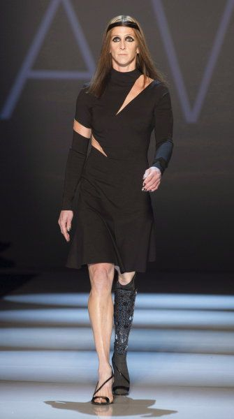 Toronto Fashion Week: Amputee Amy Winters Models For VAWK ...