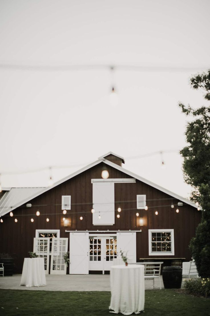 A Sweet Colorado Wedding At The Barn At Raccoon Creek a sweet colorado wedding at the barn at raccoon creek