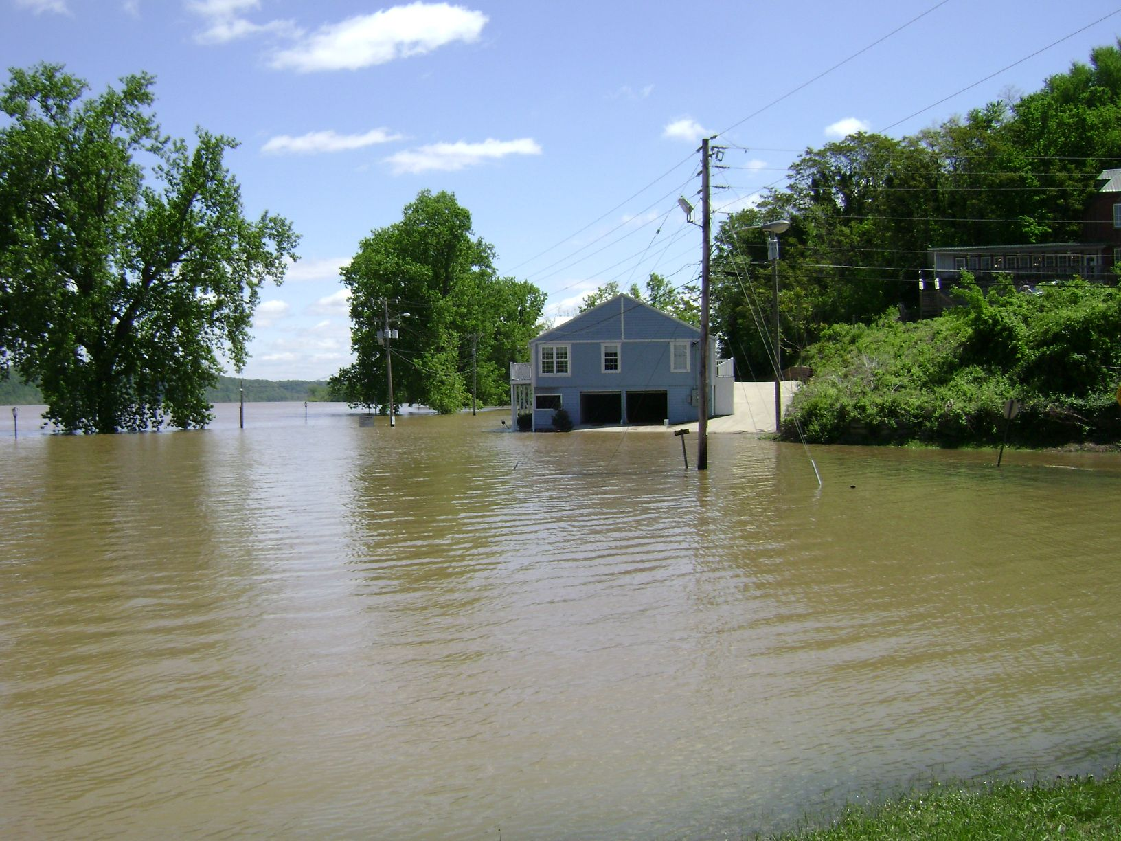 Ohio River Flood on 25 April 2011