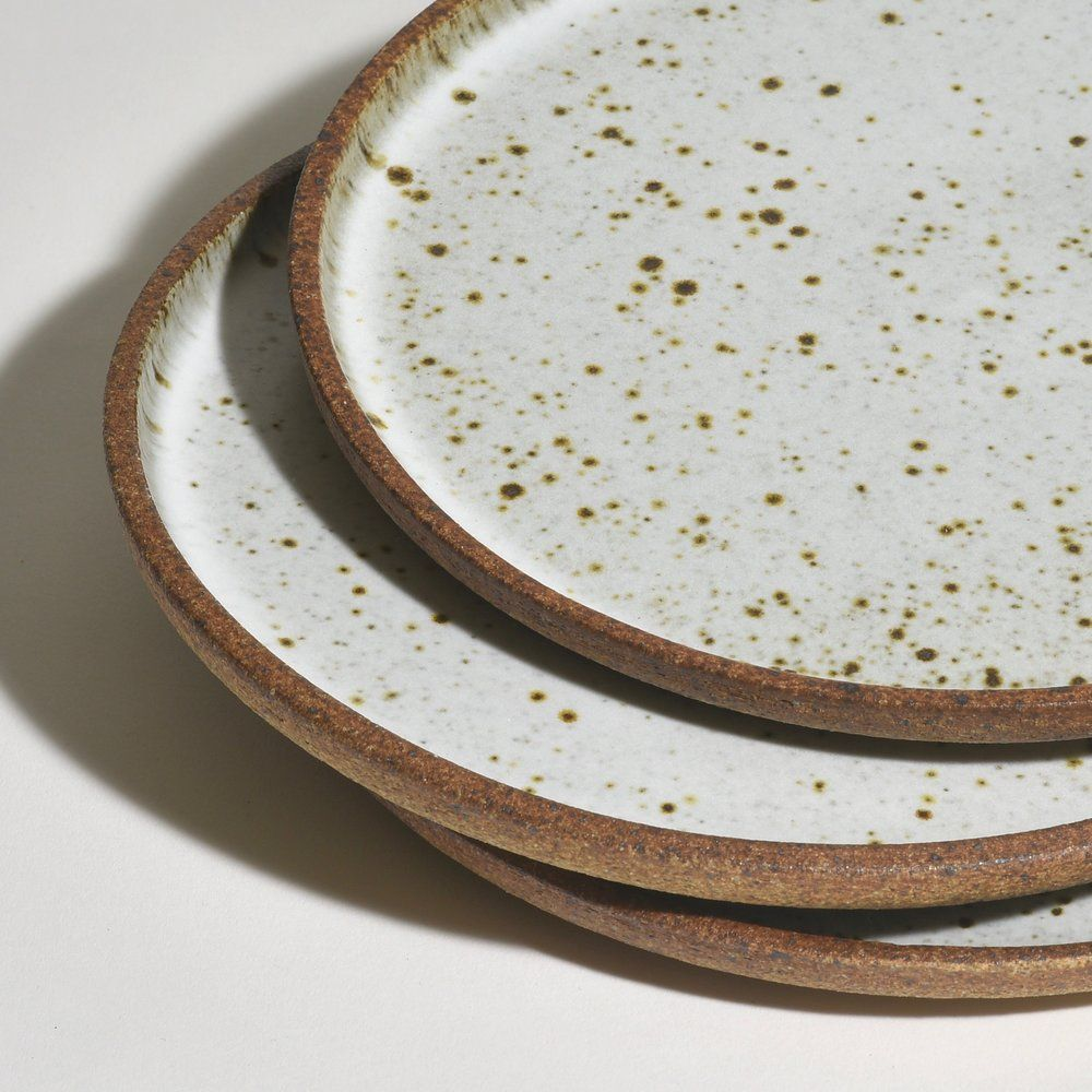Dinner Plate Bd Pottery In 2020 Dinner Plates Plates Ceramic Serving Trays