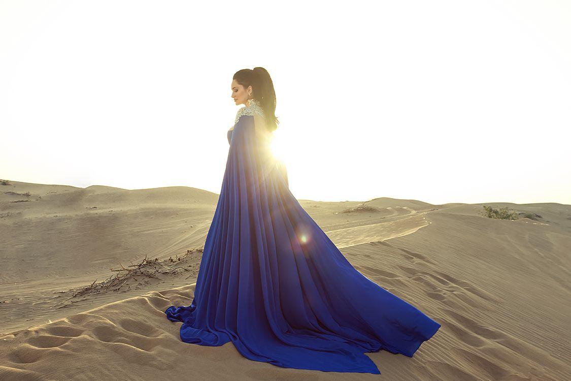 Sylwia Romaniuk Fashion Designer  Blue dress  Desert Dubai Al Awir Photography  Arab Fashion Week 2017
