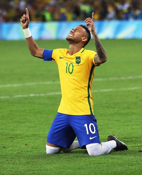Neymar Of Brazil Reacts When Brazil Win The Penalty Shoot Out During Brazil Neymar Jr Neymar Neymar Brazil