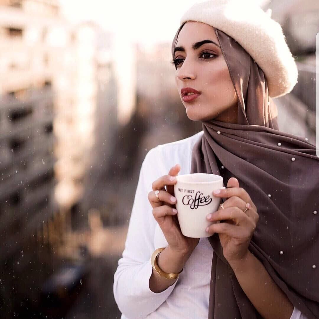 BEAUTIFULL LOOK FOLLOW THIS BEAUTY Follow @goalsbyhijab SHOW US SOME