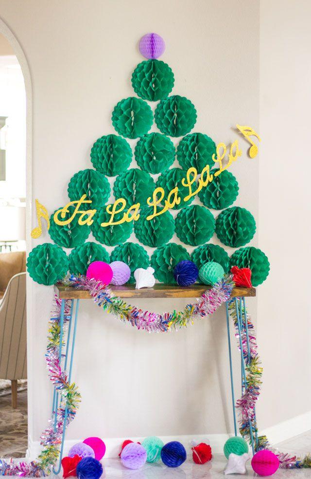 Simple Honeycomb Ball Christmas Tree Retro Christmas Decorations Christmas Tree Design Diy Christmas Tree Ornaments