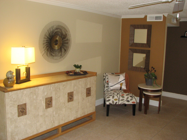 2 bedroom/1 bathroom apartments at Wildwood Acres. 1,000