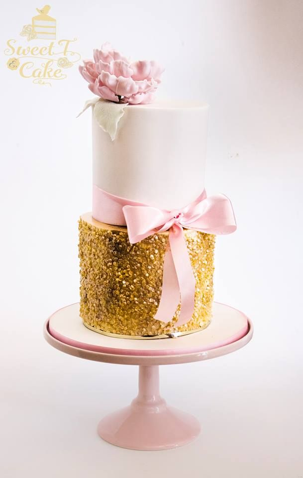 Edible gold sequins and pink peony cake - by Sweet T Cake