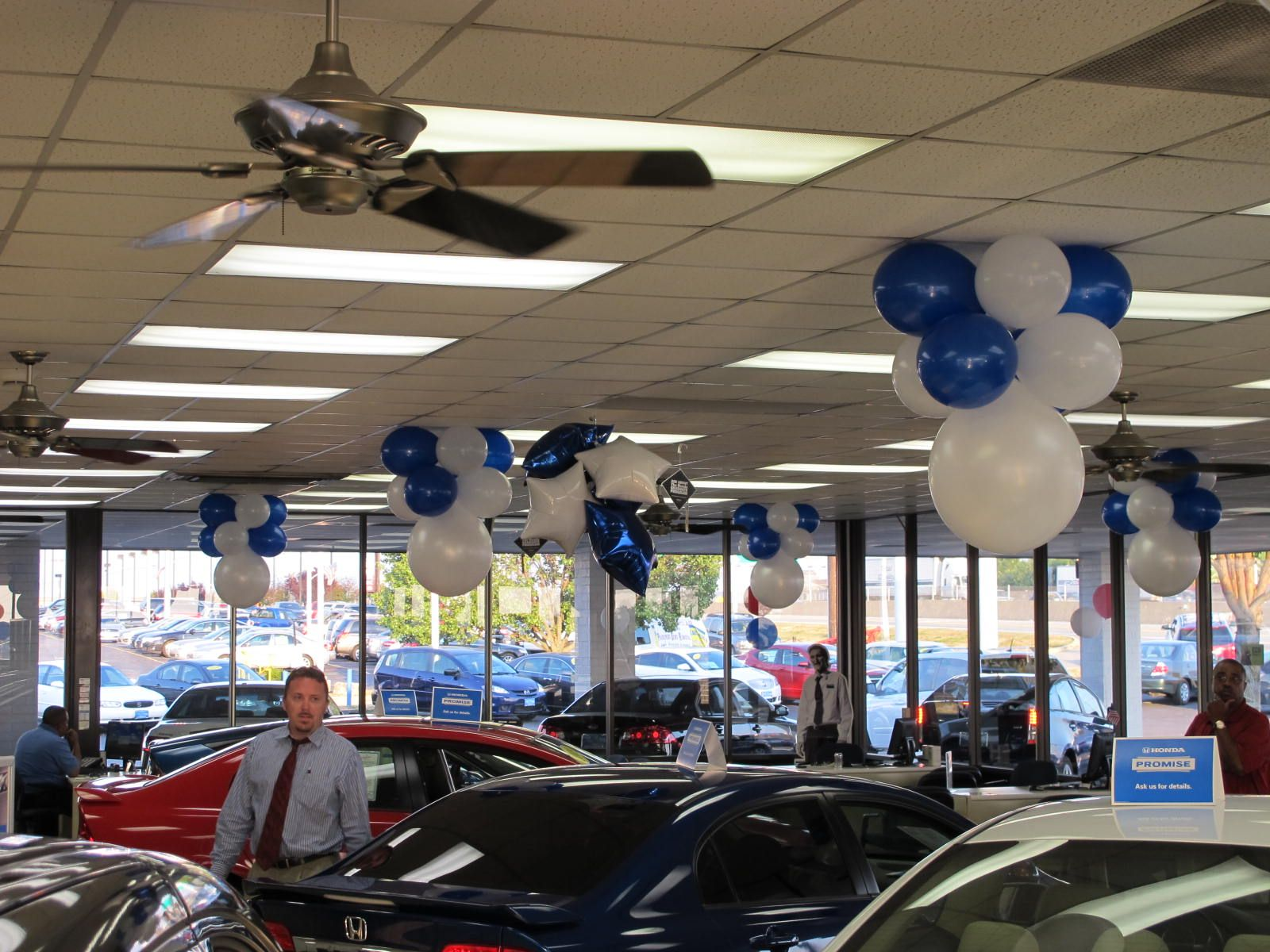 Car Dealership Balloon Decor Balloon Showroom Decor Balloon