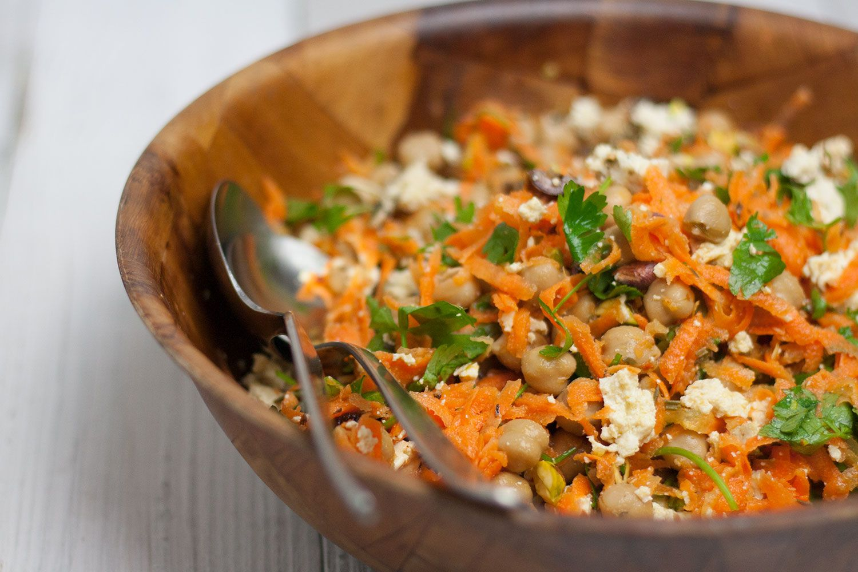 Karotten Salat Mit Kichererbsen Pistazien Vegan Gf Rezept Rezept Karotten Salat Basische Ernahrung Rezepte Vegetarisch Kochen