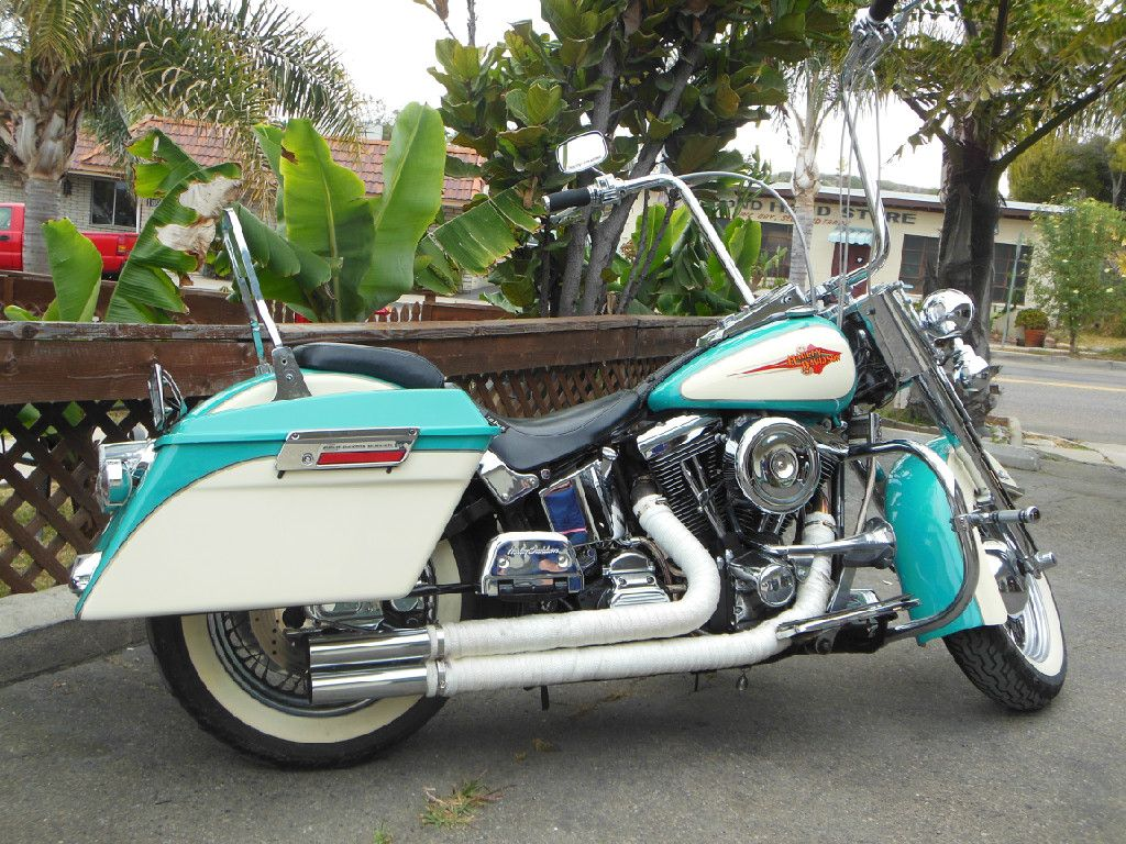 Antwan Martin 1991 Softail Heritage Added Hard Saddlebags Painted To Match The Stock Color Harley Softail Softail Deluxe Softail