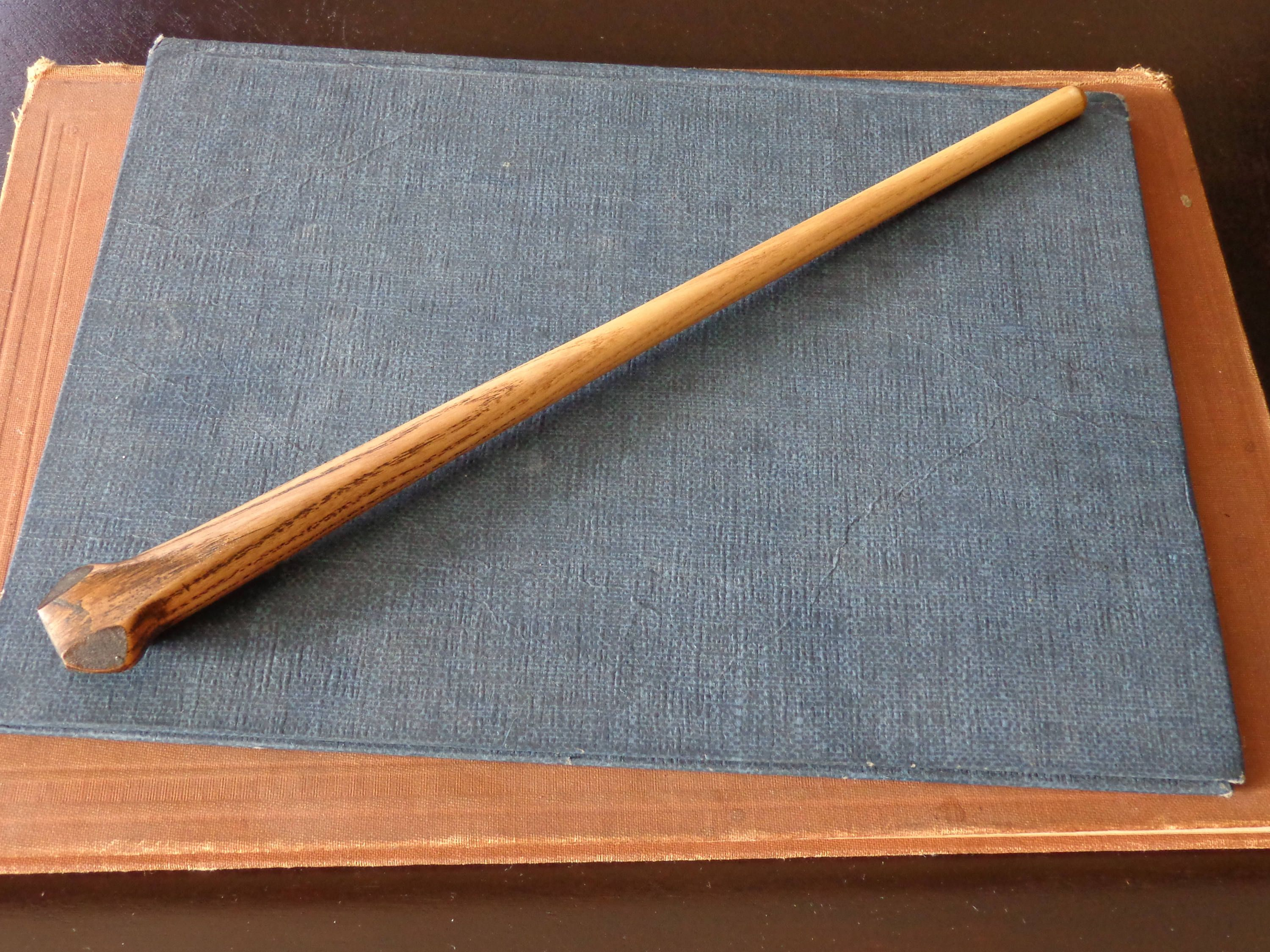 Custom Ash Bone Wand By Howlewandcraft On Etsy Wands Wooden Wand Witchy Crafts