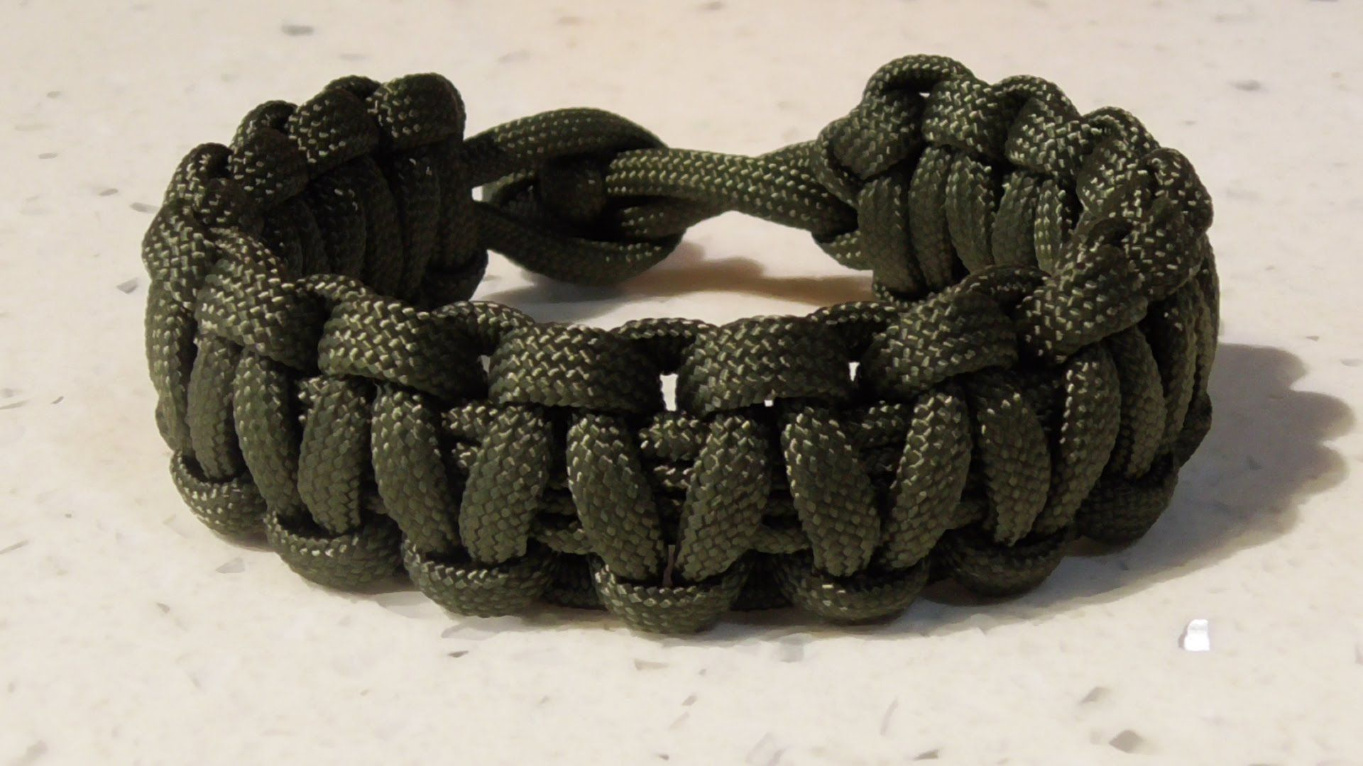 One Strand Cobra Weave Survival Bracelet No Buckle