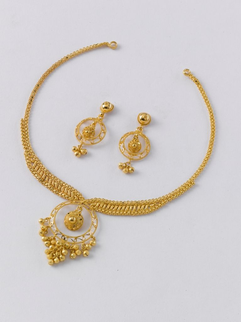 Necklace 11 Gm Price Rs 36 000 Earring 5 Gm Price Rs 16 350 Gold Necklace Designs Gold Earrings Designs Bridal Gold Jewellery