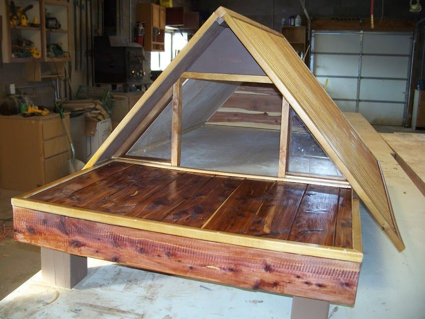 Med. size A-Frame dog house w-marine grade spar varnish, cedar trim ...