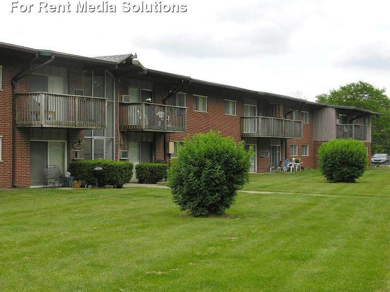 Cedar Creek Apartments Apartments For Rent In Okemos Michigan Apartment Rental And Community Details Forrent Com Apartments For Rent Okemos Cedar Creek